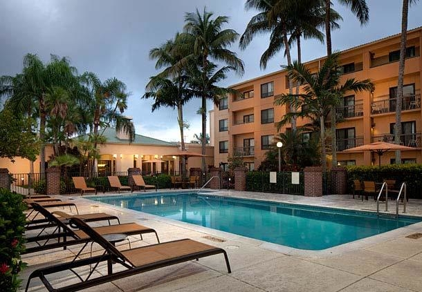 Courtyard by Marriott Miami Lakes image 10
