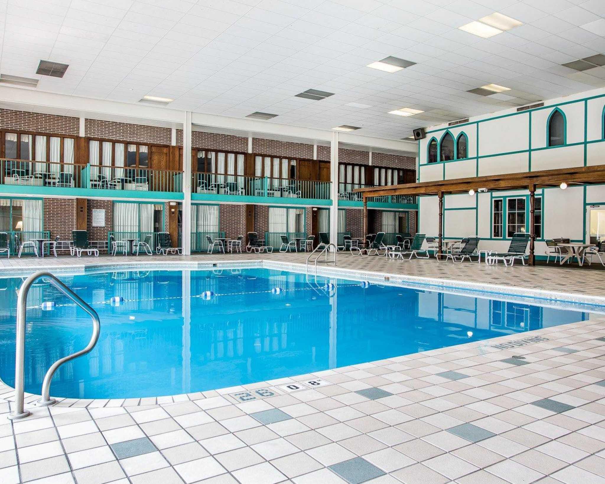 Clarion Hotel Highlander Conference Center image 10
