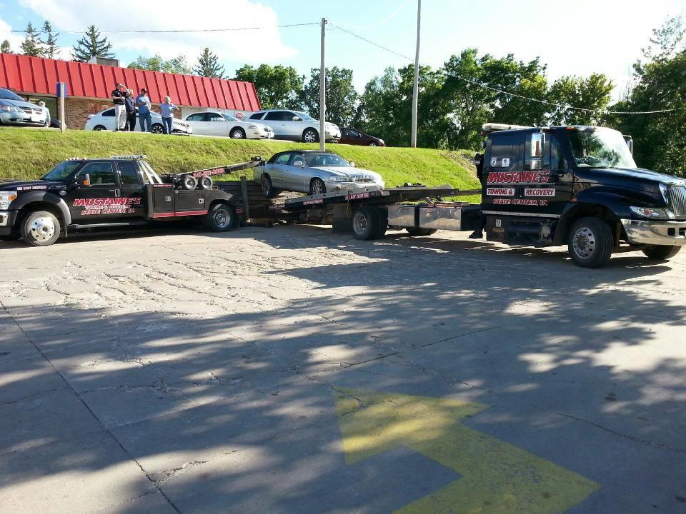 Mustaine's Towing & Recovery image 14