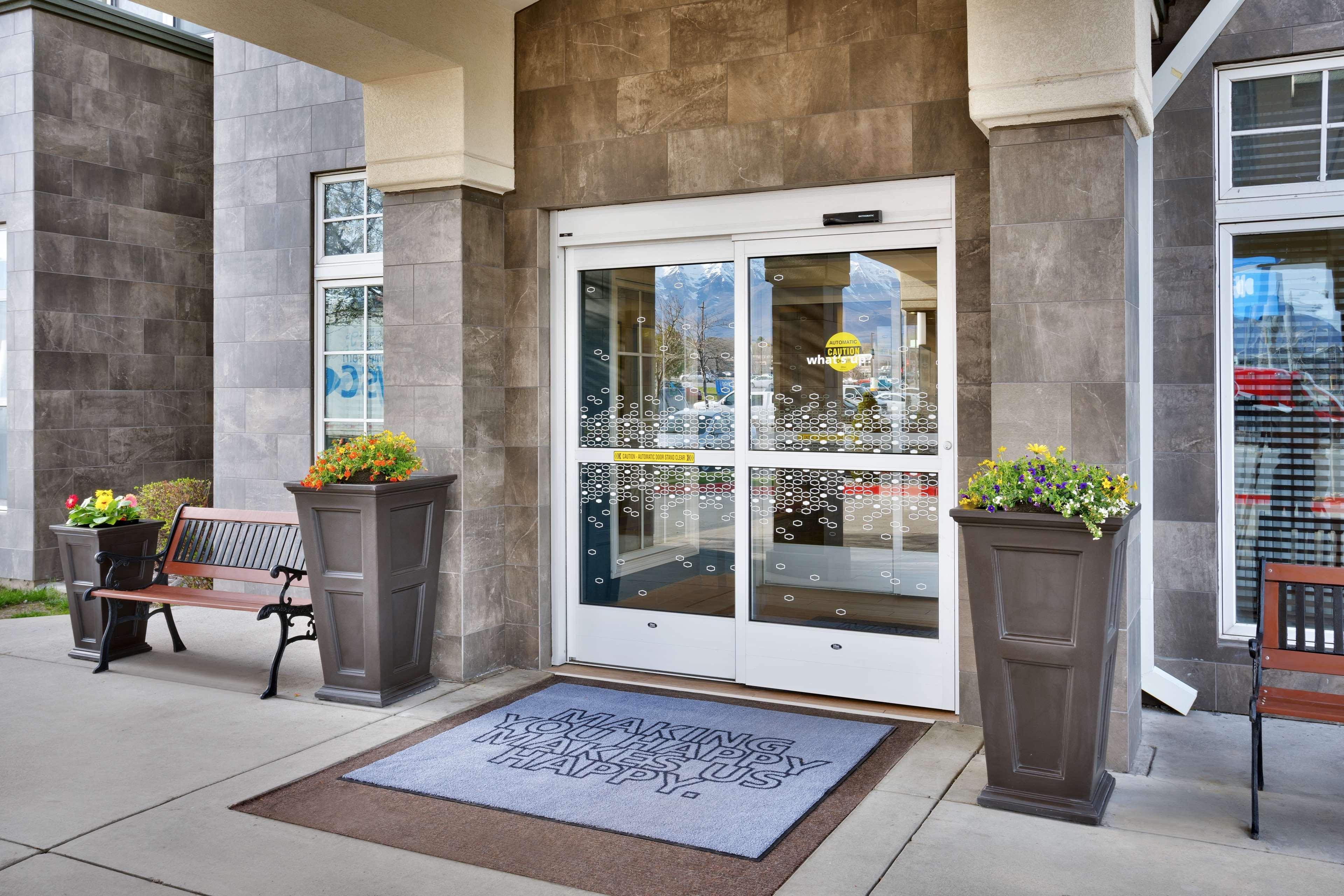 Hampton Inn & Suites Orem image 1