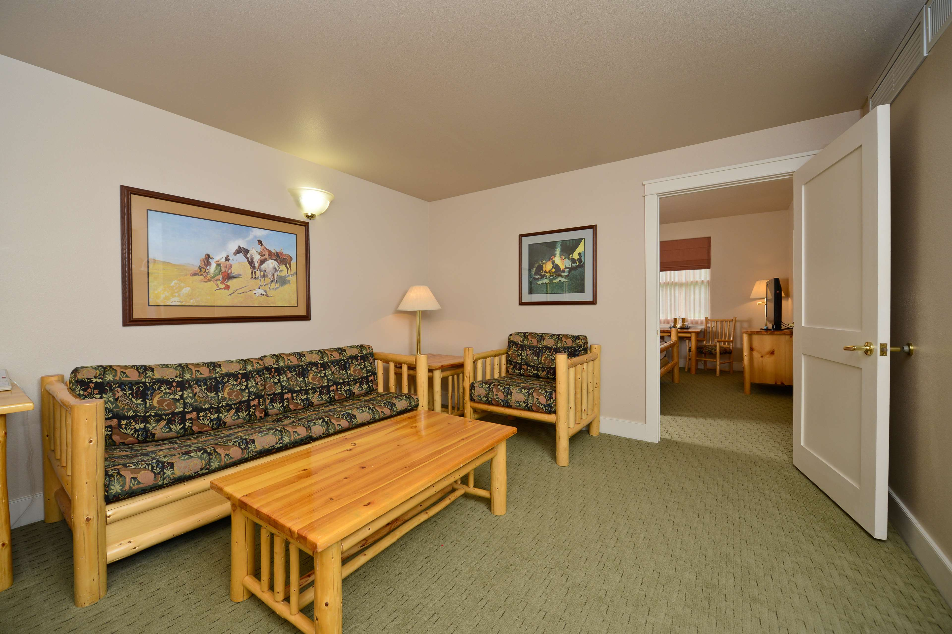 Best Western Plus Plaza Hotel image 36