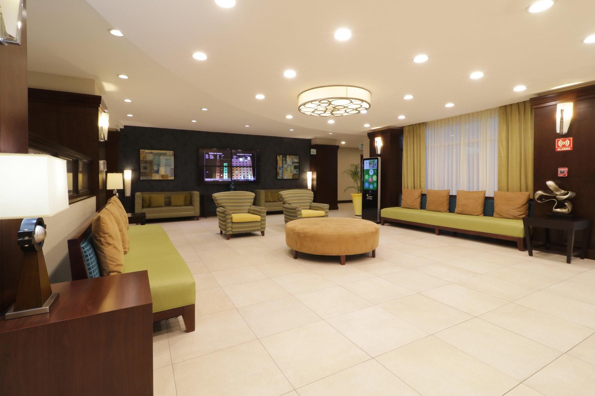 Holiday Inn & Suites Hermosillo Aeropuerto, an IHG Hotel