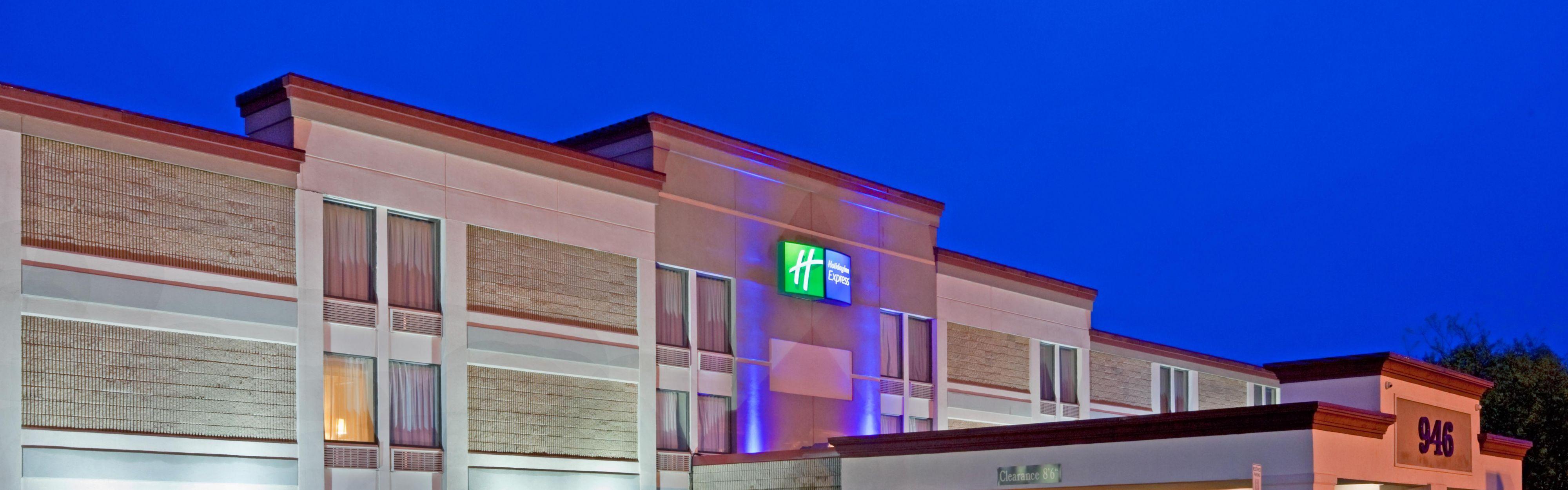 Holiday Inn Express Ramsey-Mahwah image 0