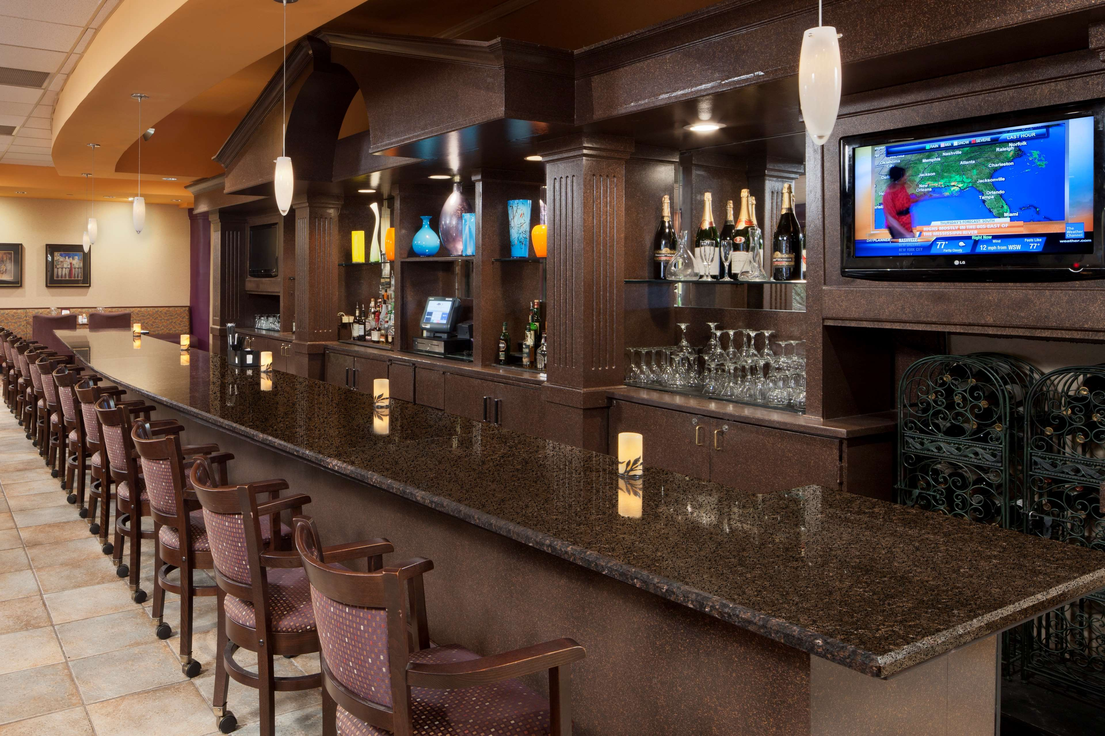 DoubleTree Suites by Hilton Hotel Cincinnati - Blue Ash image 34