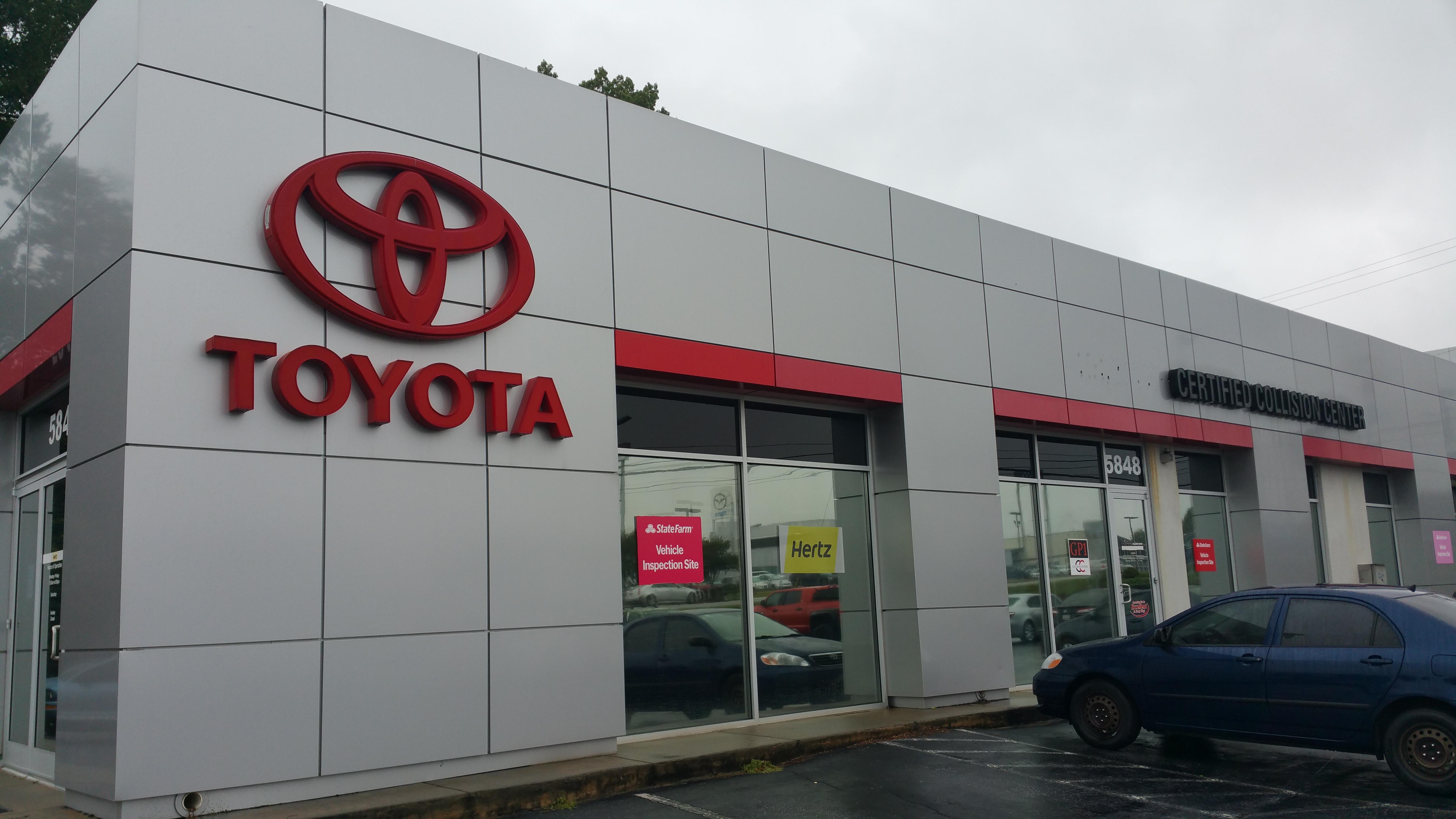 World toyota collision center atlanta ga business for Toyota motor credit corporation atlanta