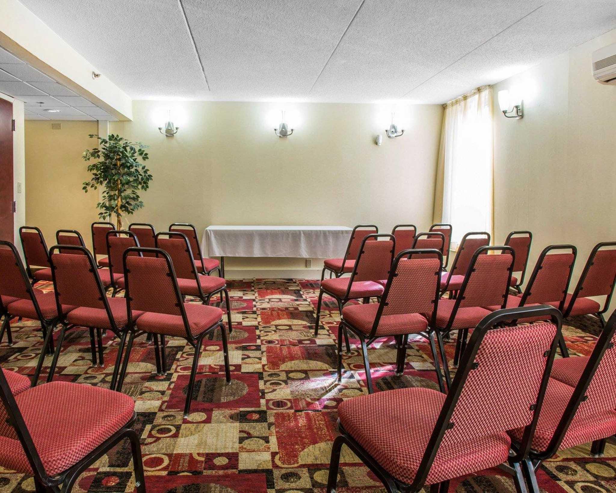 Comfort Inn & Suites East Hartford - Hartford image 26