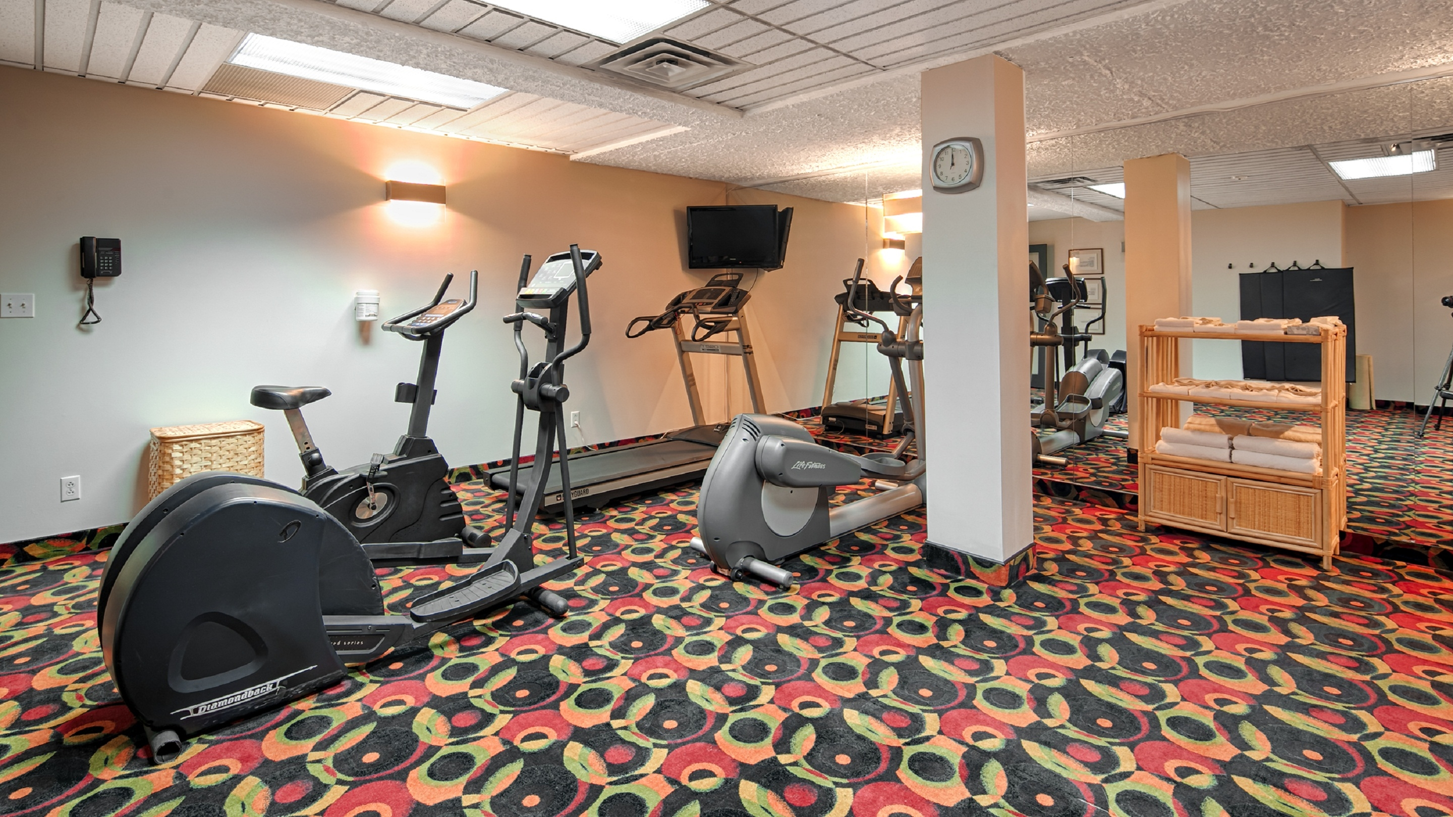 Best Western Plus Hotel Albert Rouyn-Noranda à Rouyn-Noranda: Fitness Center