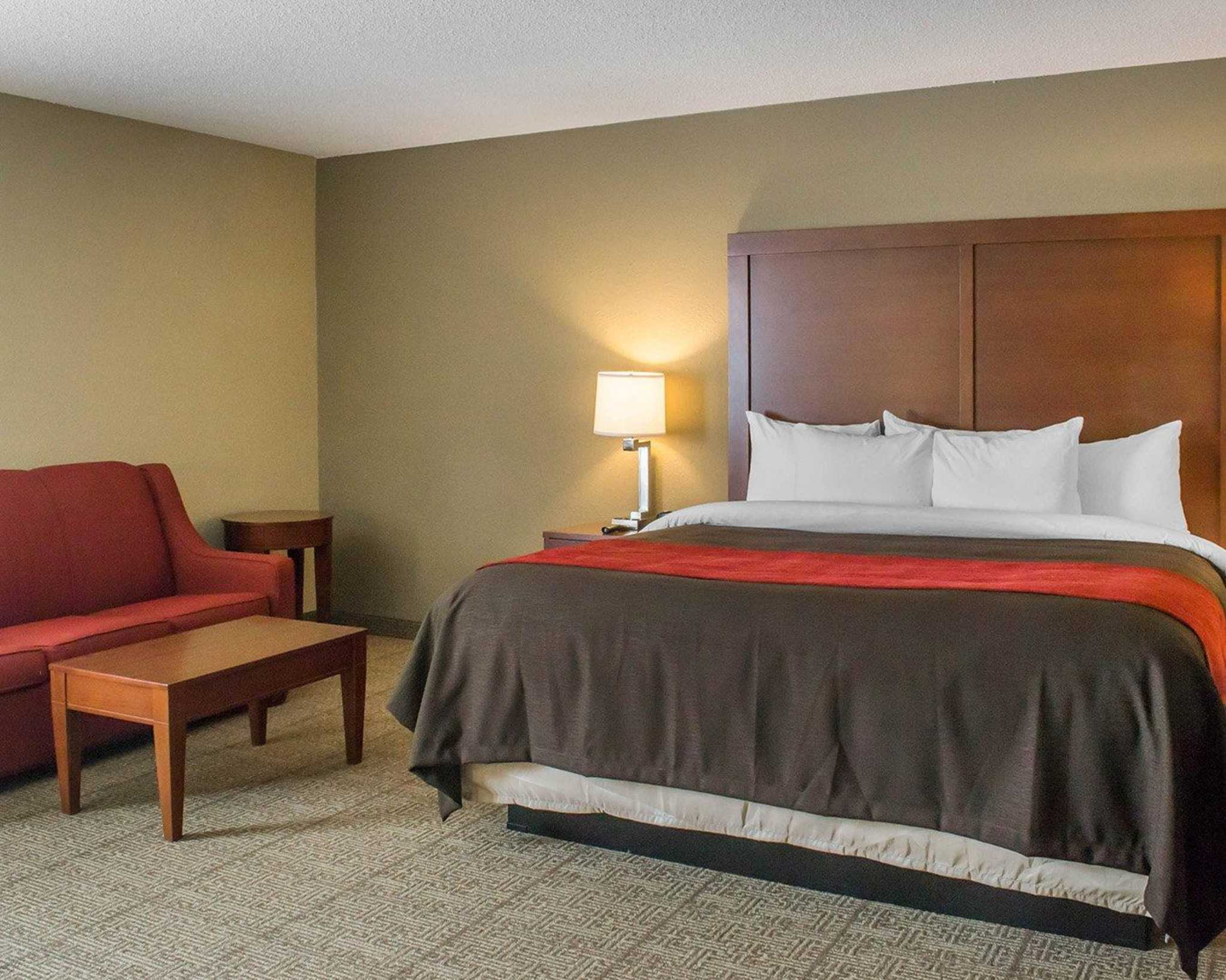 Comfort Inn Mayfield Heights Cleveland East image 6