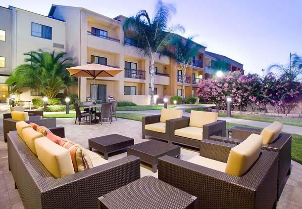 Courtyard by Marriott Fresno image 4