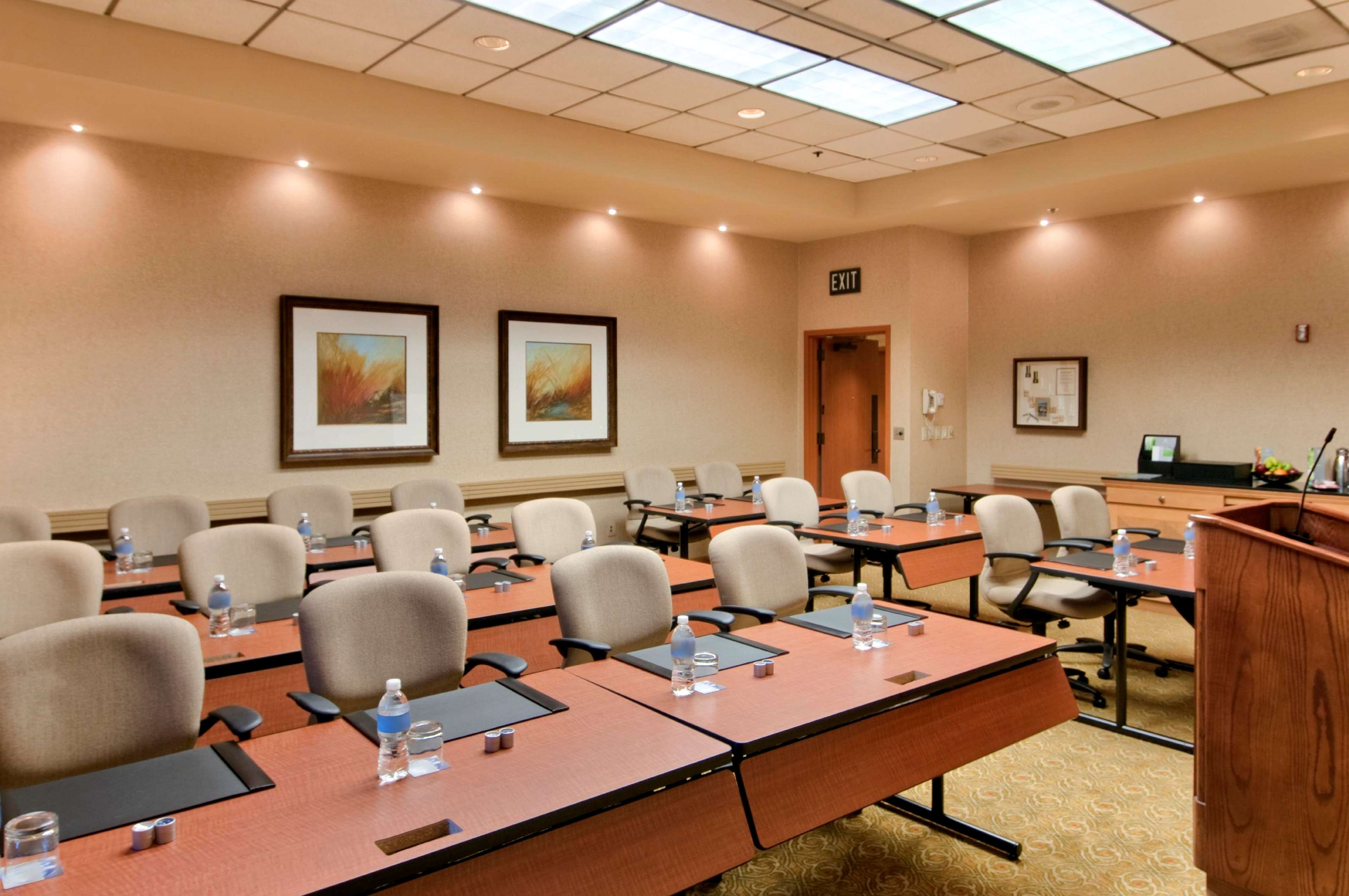 Hilton DFW Lakes Executive Conference Center image 39