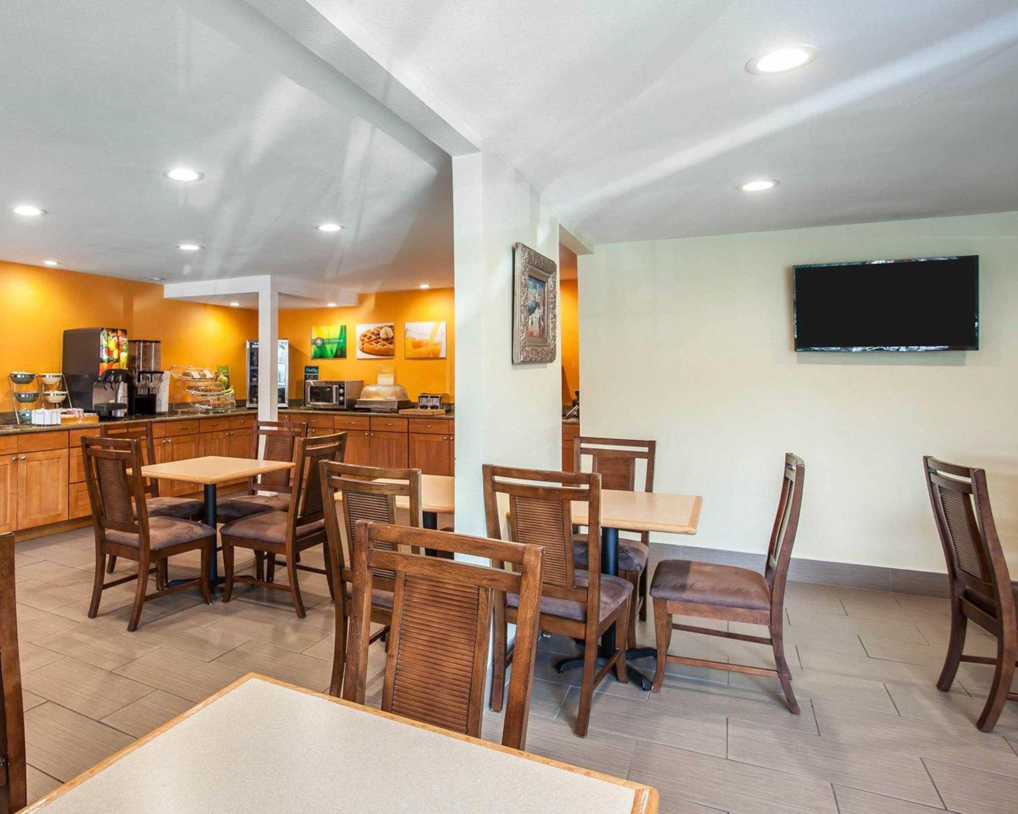 Quality Inn Sea-Tac Airport image 24