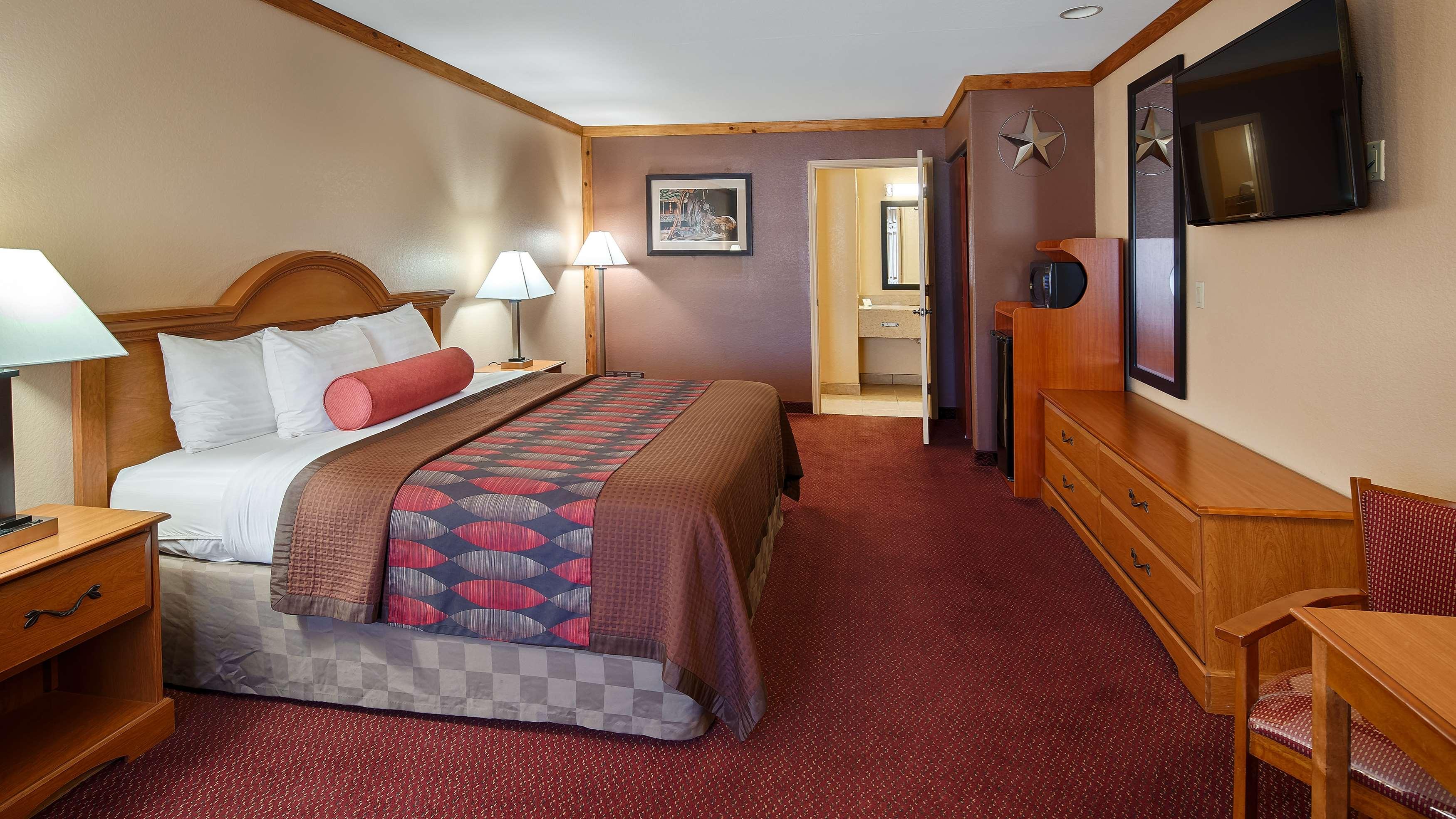 Best Western Windwood Inn & Suites image 7