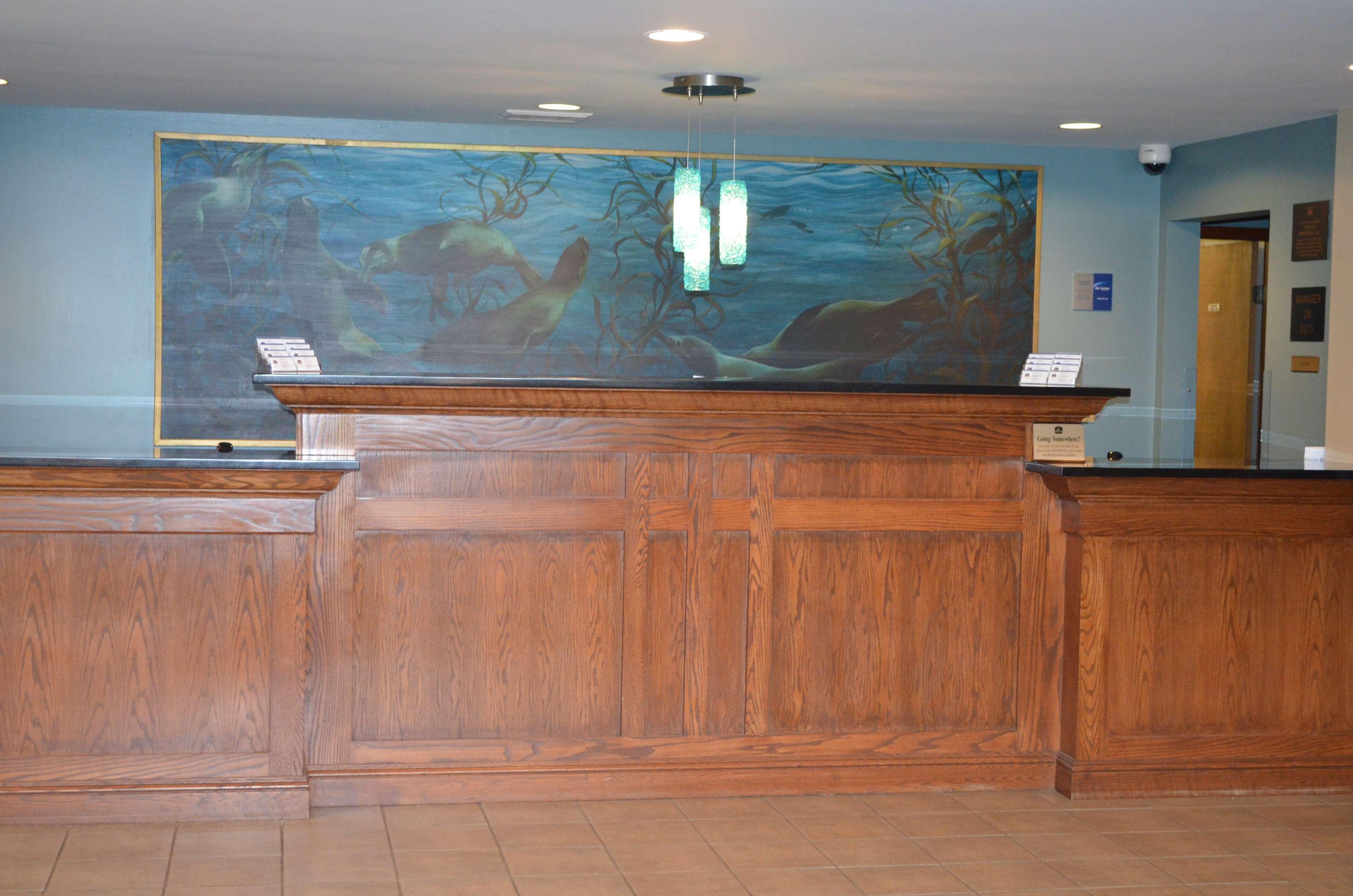 Best Western Agate Beach Inn image 11