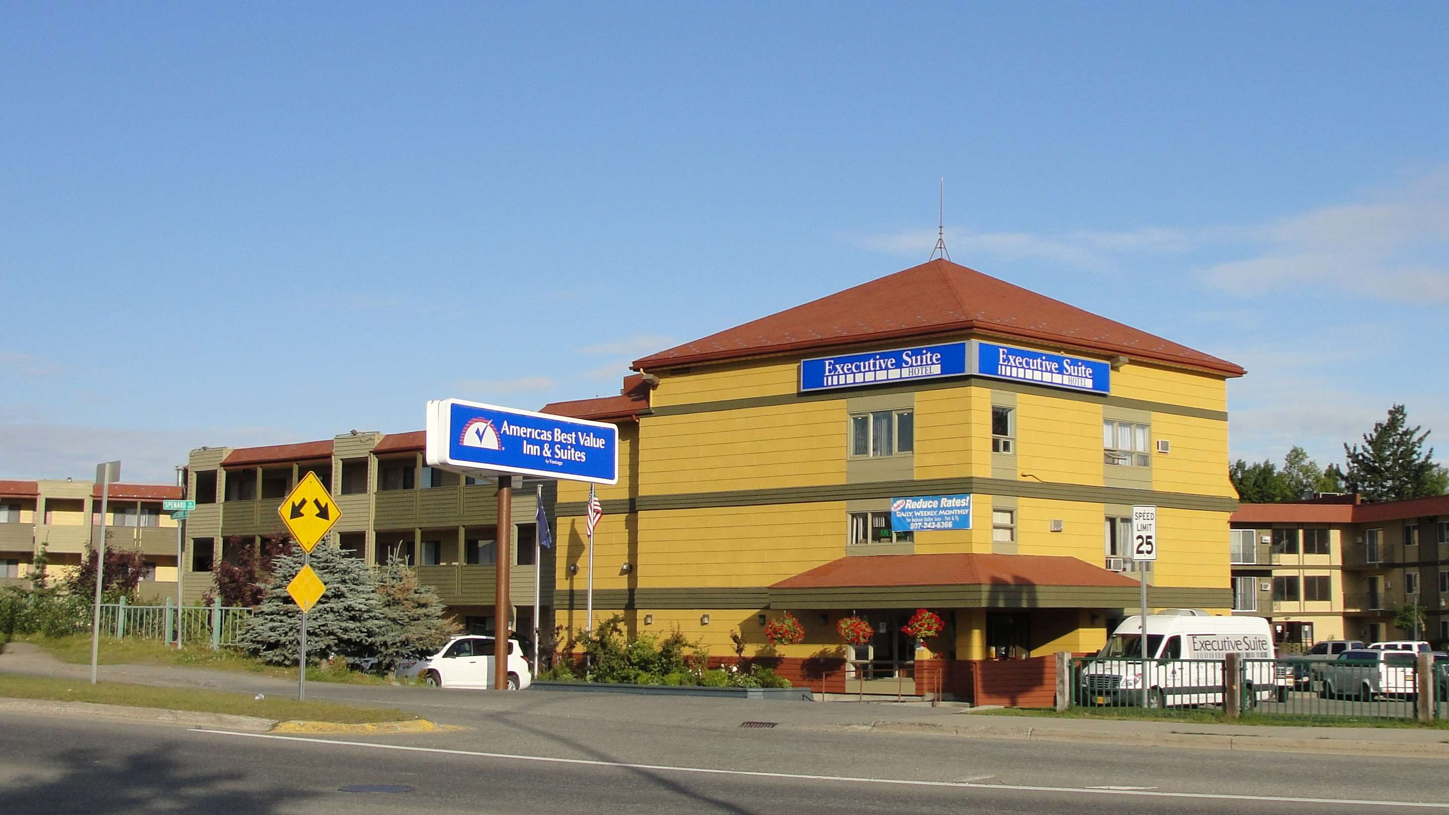 Americas Best Value Inn-Executive Suites / Airport Anchorage image 0