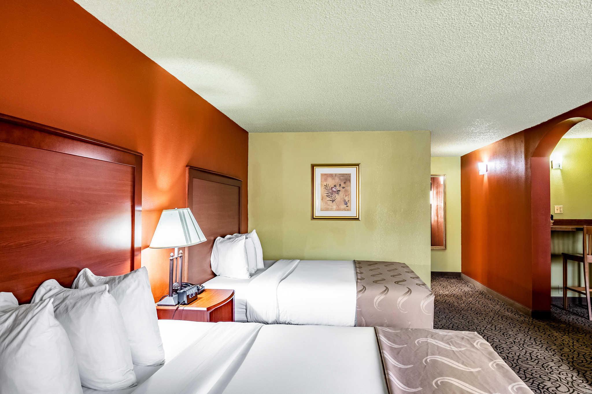 Quality Inn image 13