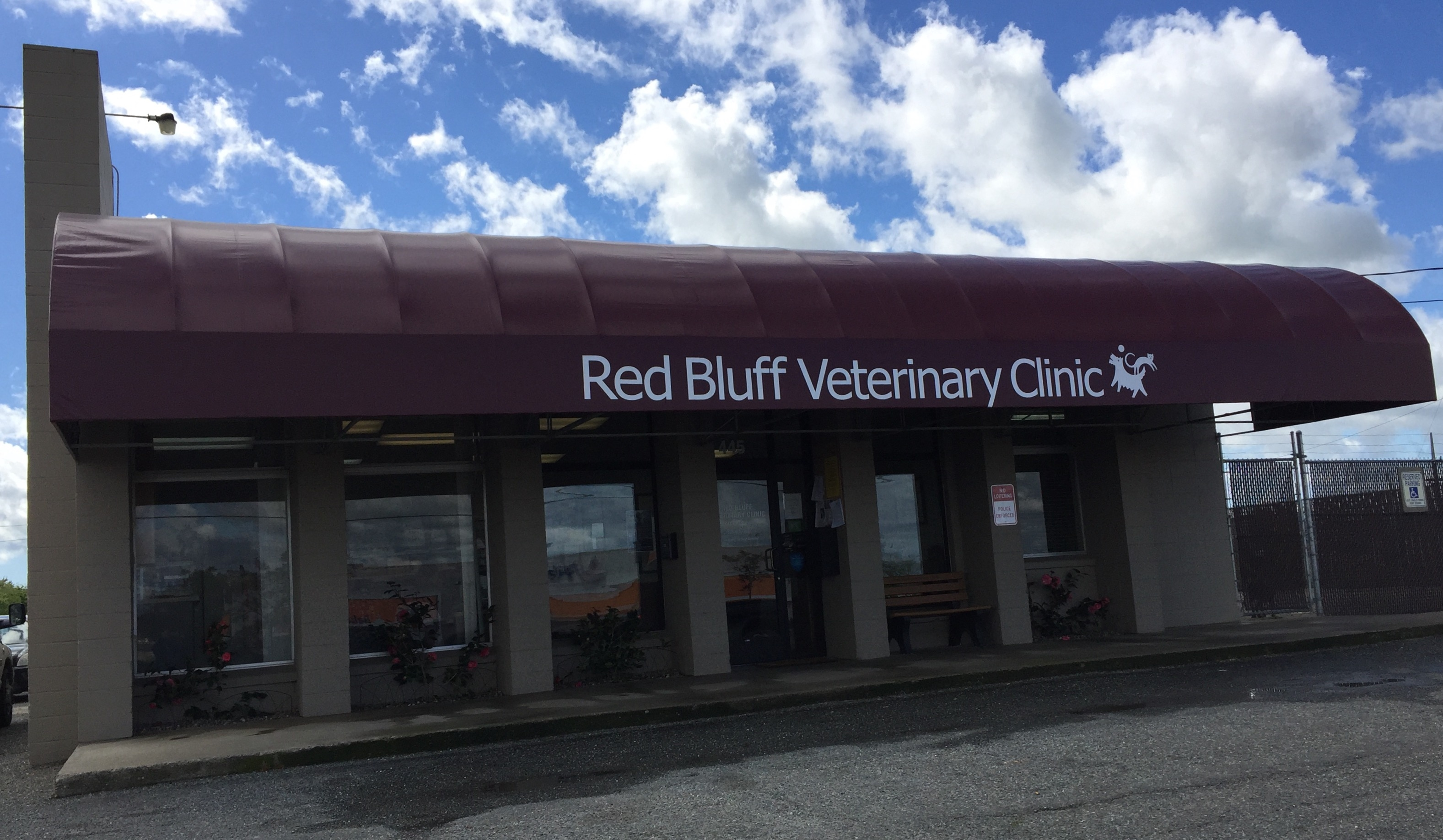 Red Bluff Veterinary Clinic image 1