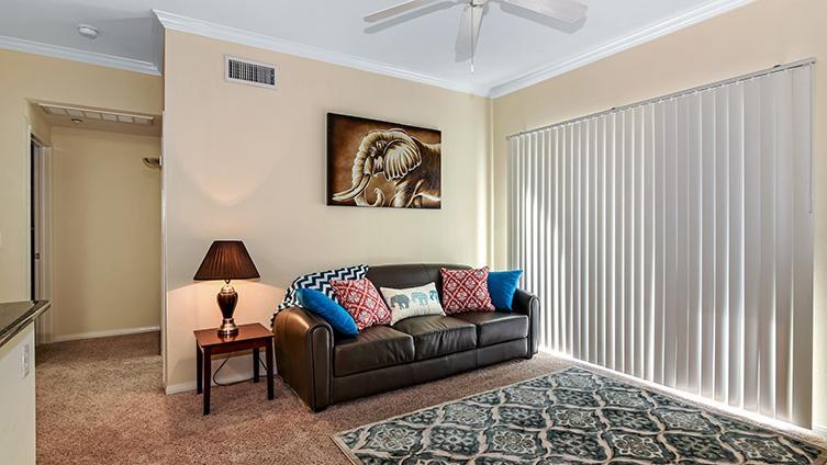 Capella at Rancho Del Oro Luxury Apartment Homes image 11