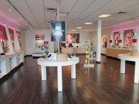 Interior photo of T-Mobile Store at Blue Lakes Blvd & Cheney Dr, Twin Falls, ID