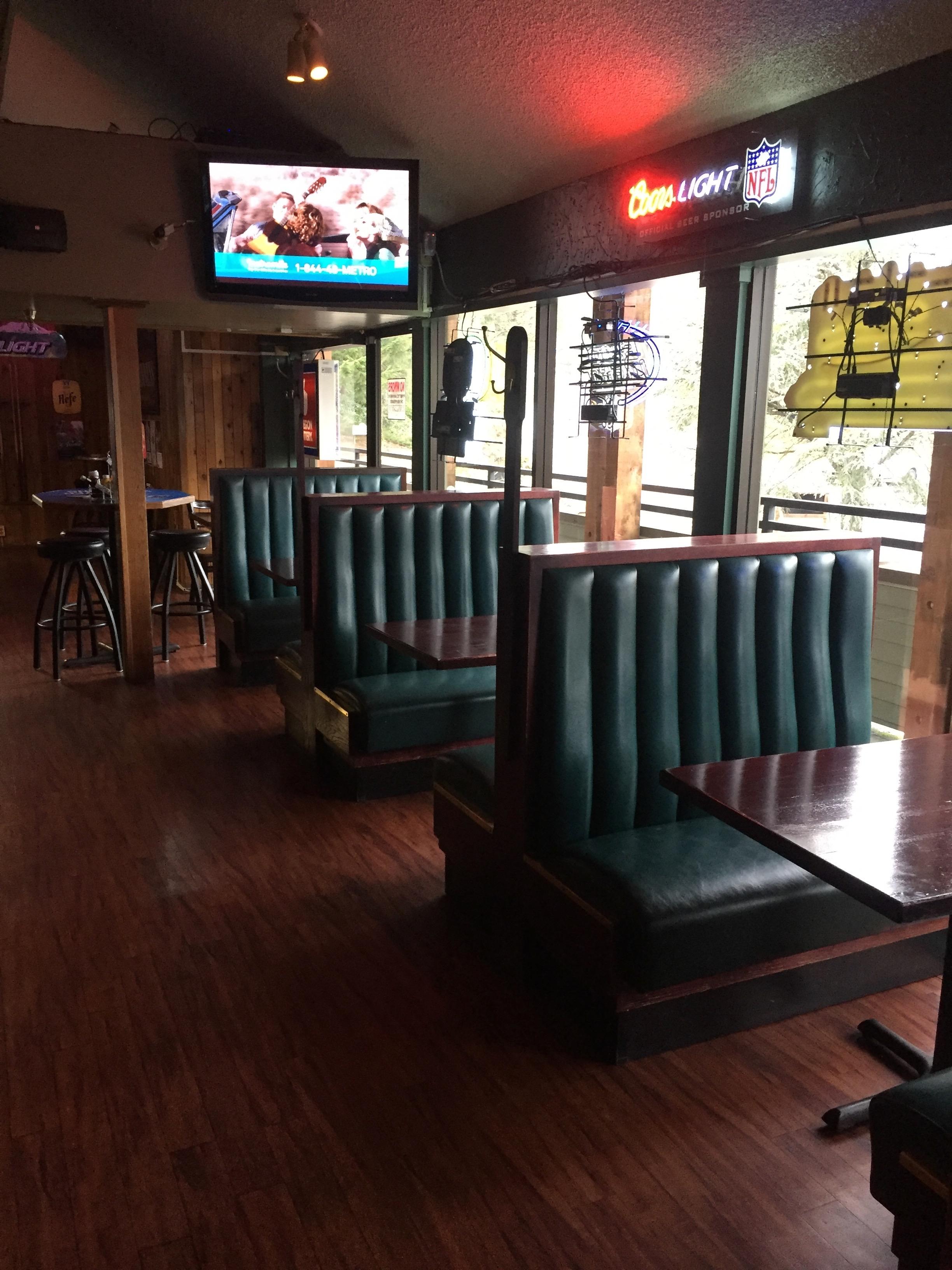 Hanko's Sports Bar & Grill image 6