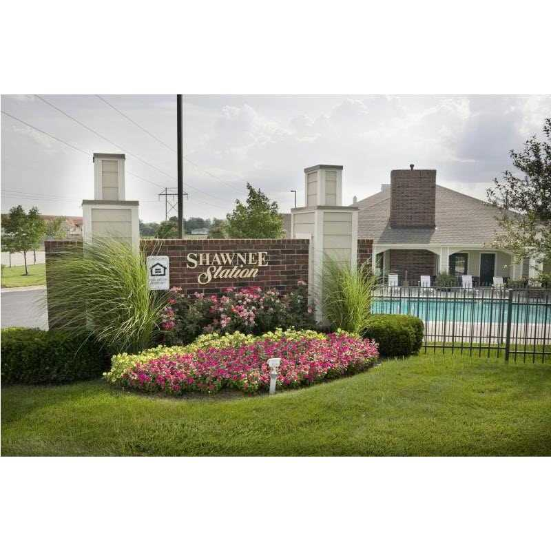 Hampton Woods Apartments: Shawnee Station At 6405 Maurer Road, Shawnee, KS On Fave