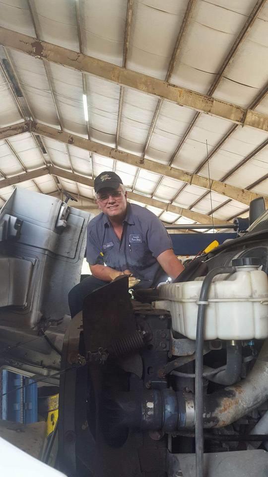 Melvin's Auto & Truck Repair image 4