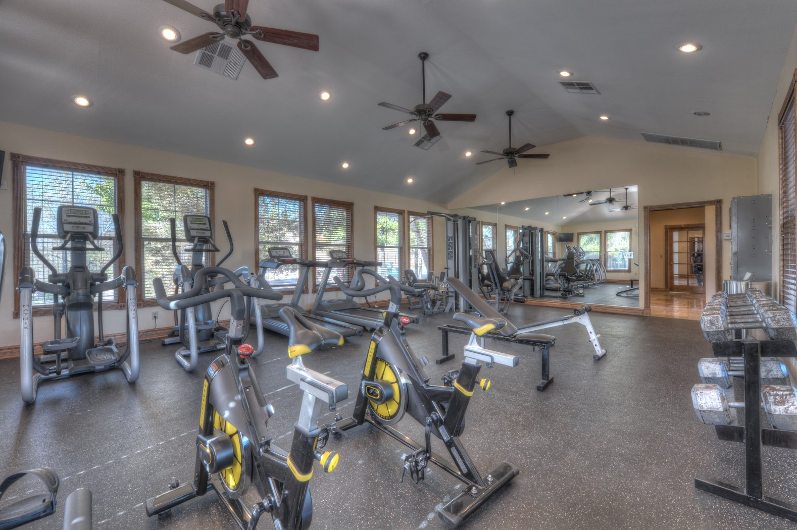 24- Hr. Fitness Center with TV/VCR