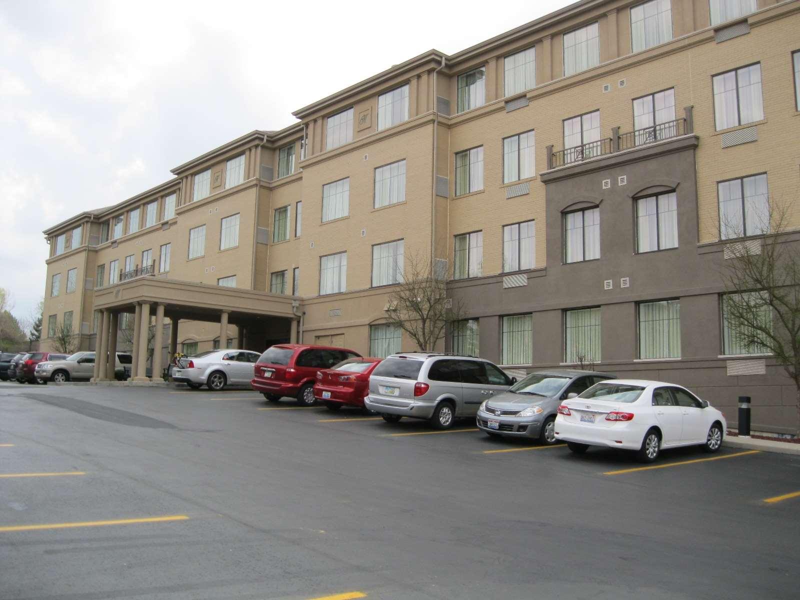 Best Western Plus Hannaford Inn & Suites image 1
