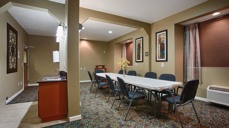 Best Western California City Inn & Suites image 30