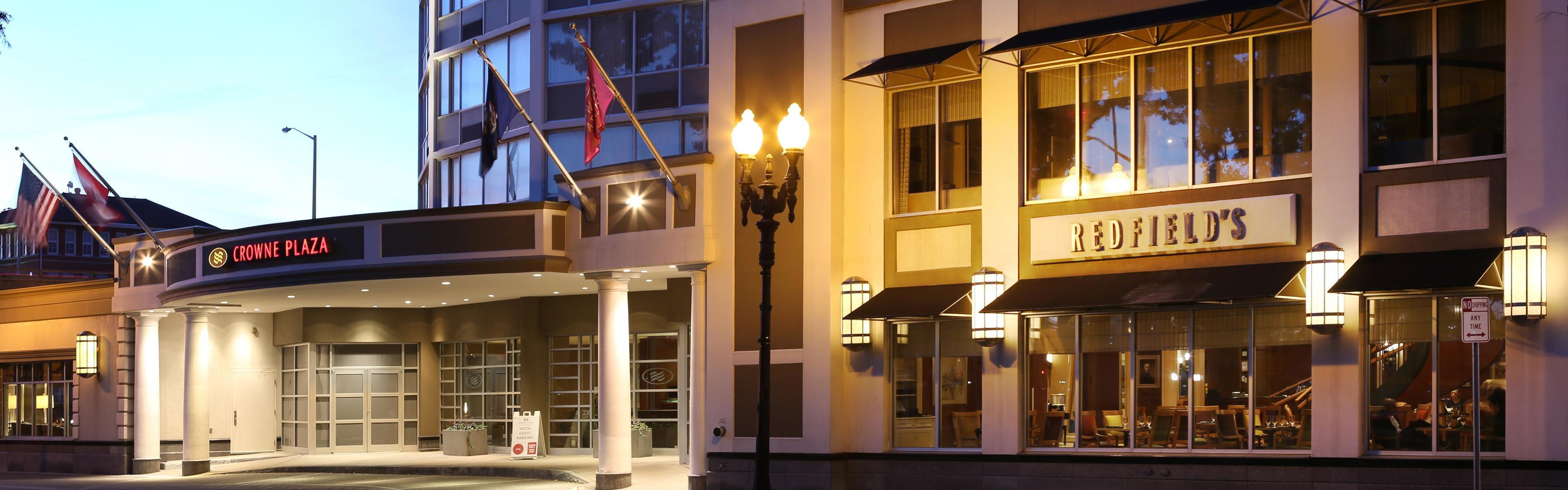 Crowne Plaza Syracuse image 3