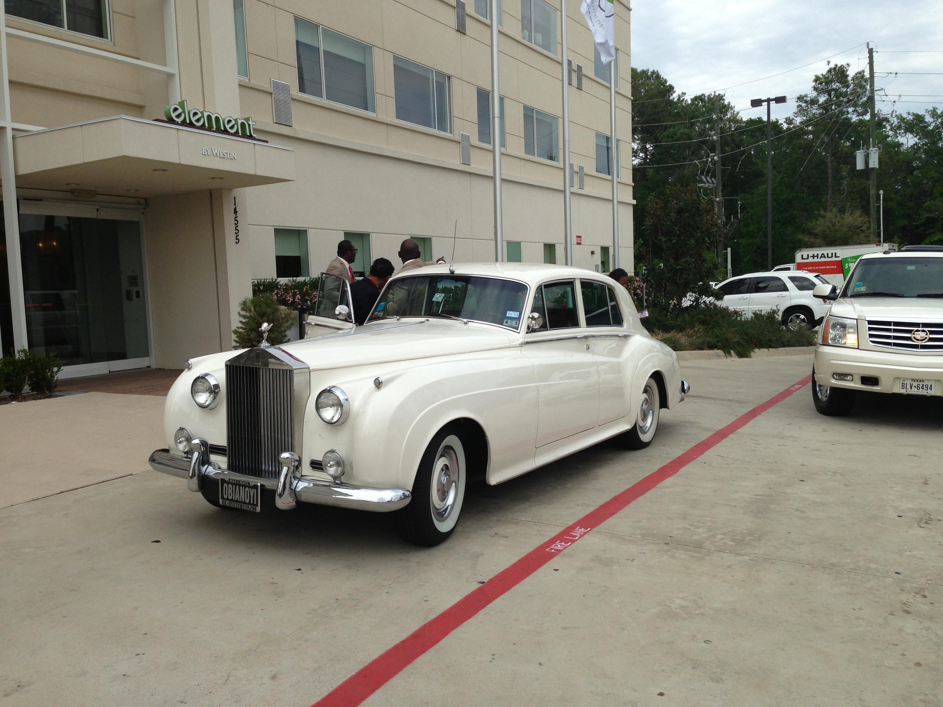 american luxury limousine image 10