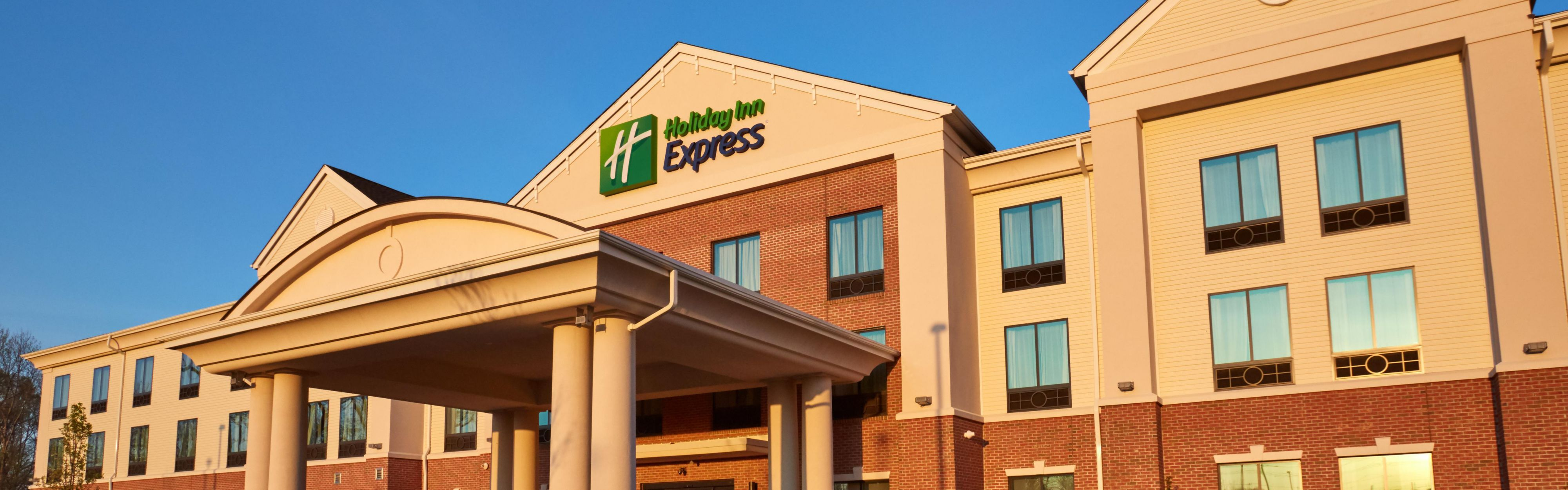 Holiday Inn Express Bordentown - Trenton South image 0