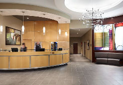 Courtyard by Marriott Montreal Airport à Montreal
