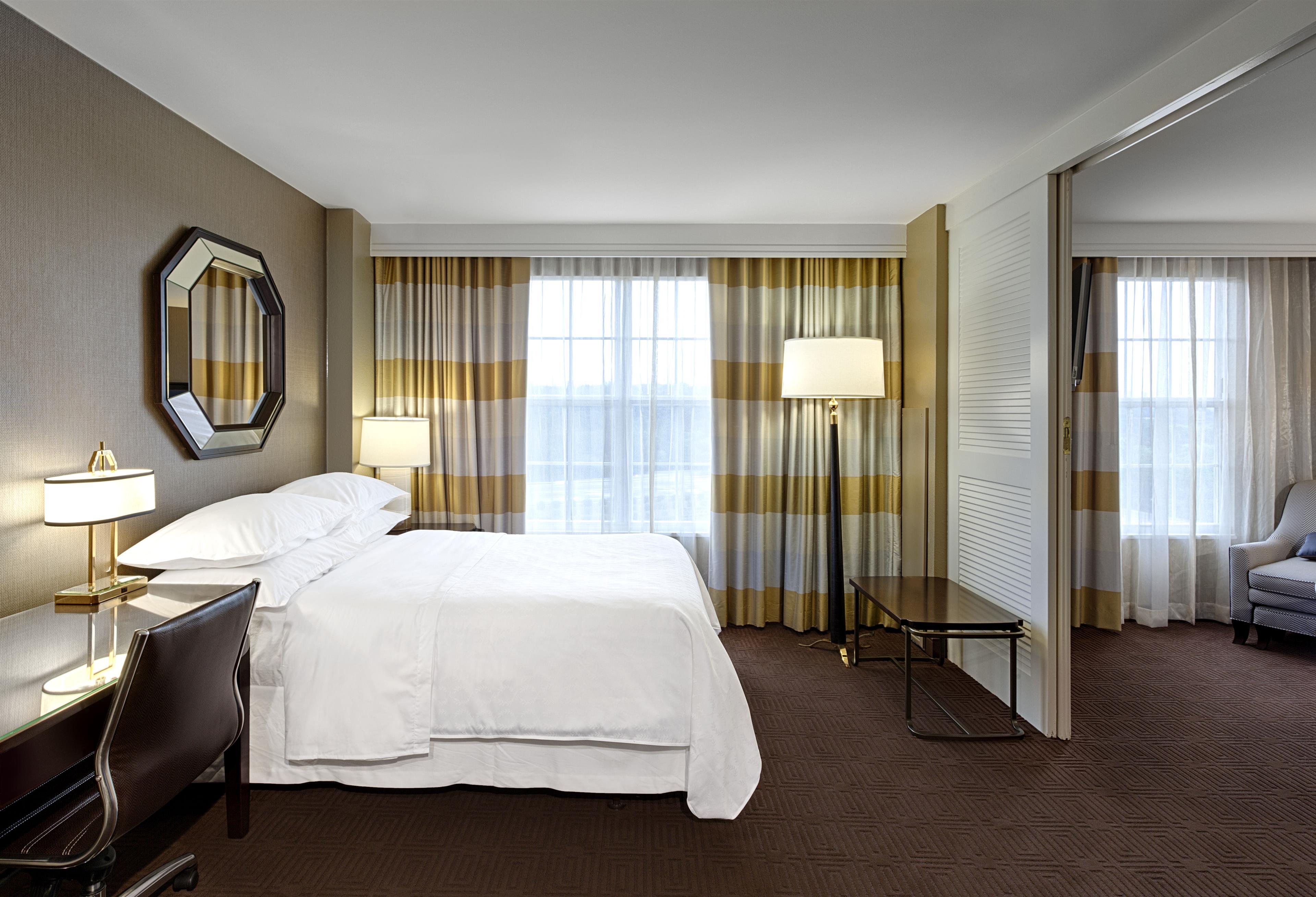 Sheraton Suites Galleria-Atlanta image 2