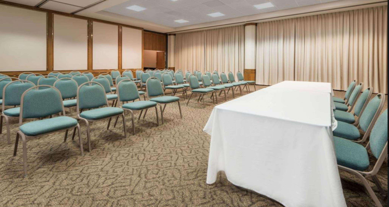 SureStay Plus Hotel by Best Western Lubbock Medical Center image 7