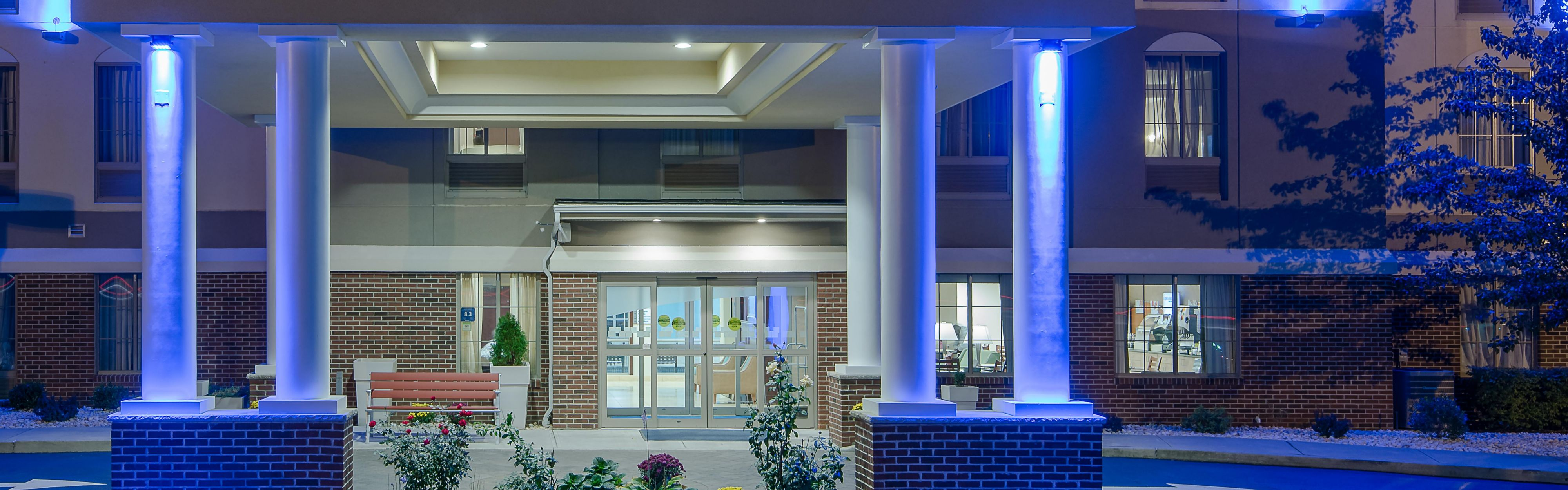 Holiday Inn Express Haskell-Wayne Area image 0