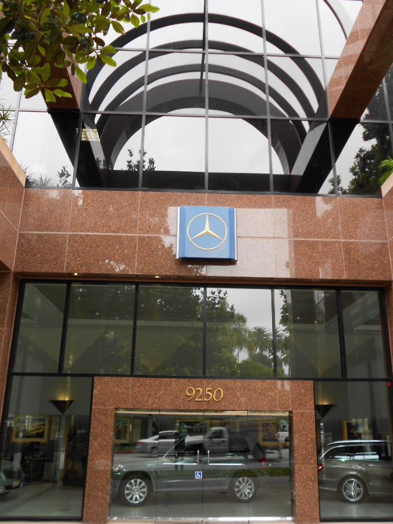 Mercedes-Benz of Beverly Hills image 1