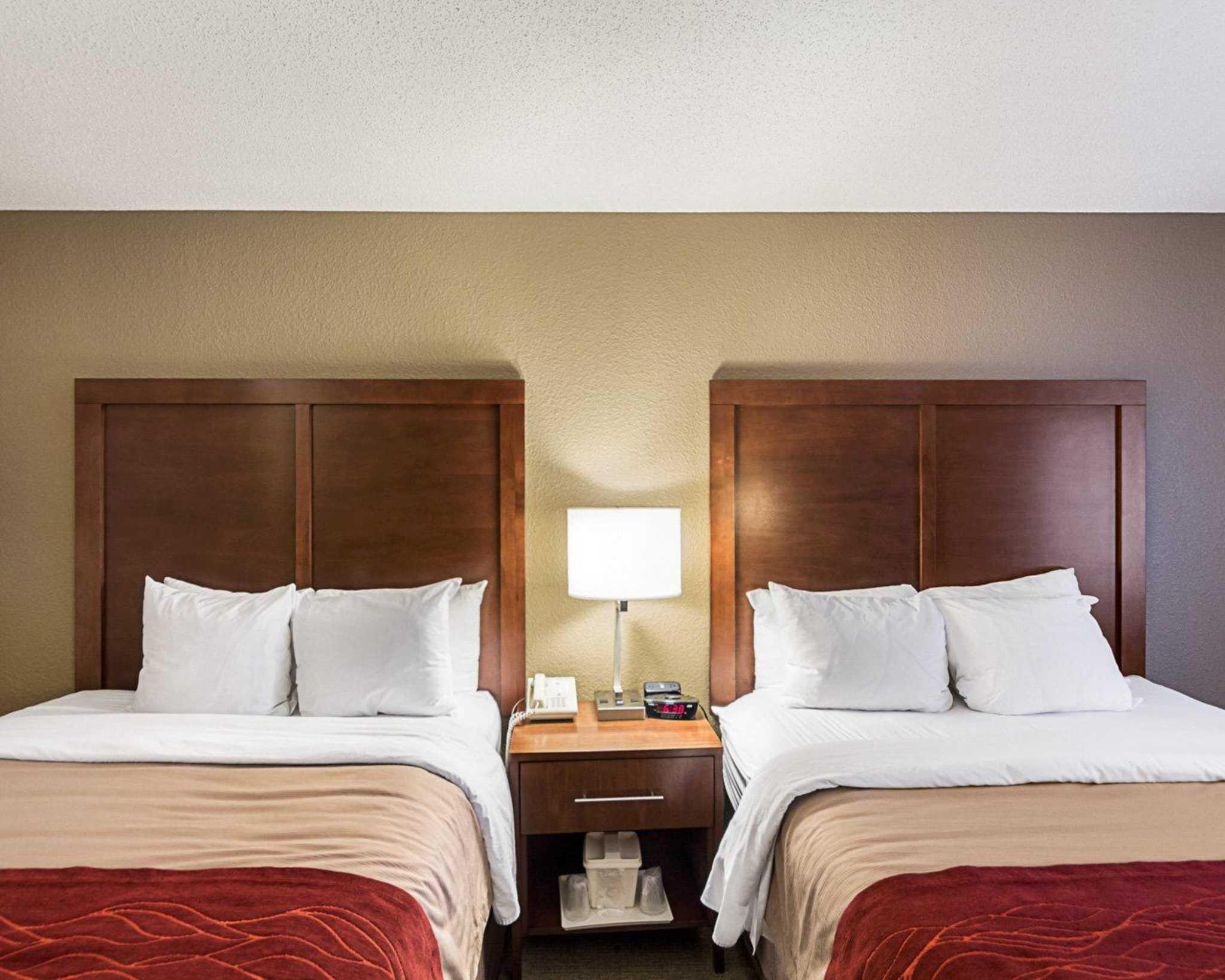 Comfort Inn East image 7