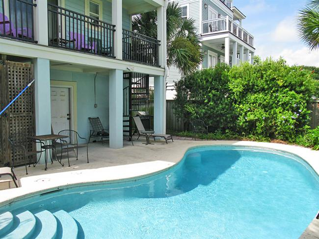 Isle of Palms Vacation Rentals by Exclusive Properties image 12