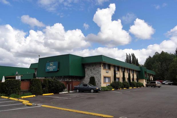Pet Friendly Hotels Near Tacoma Washington