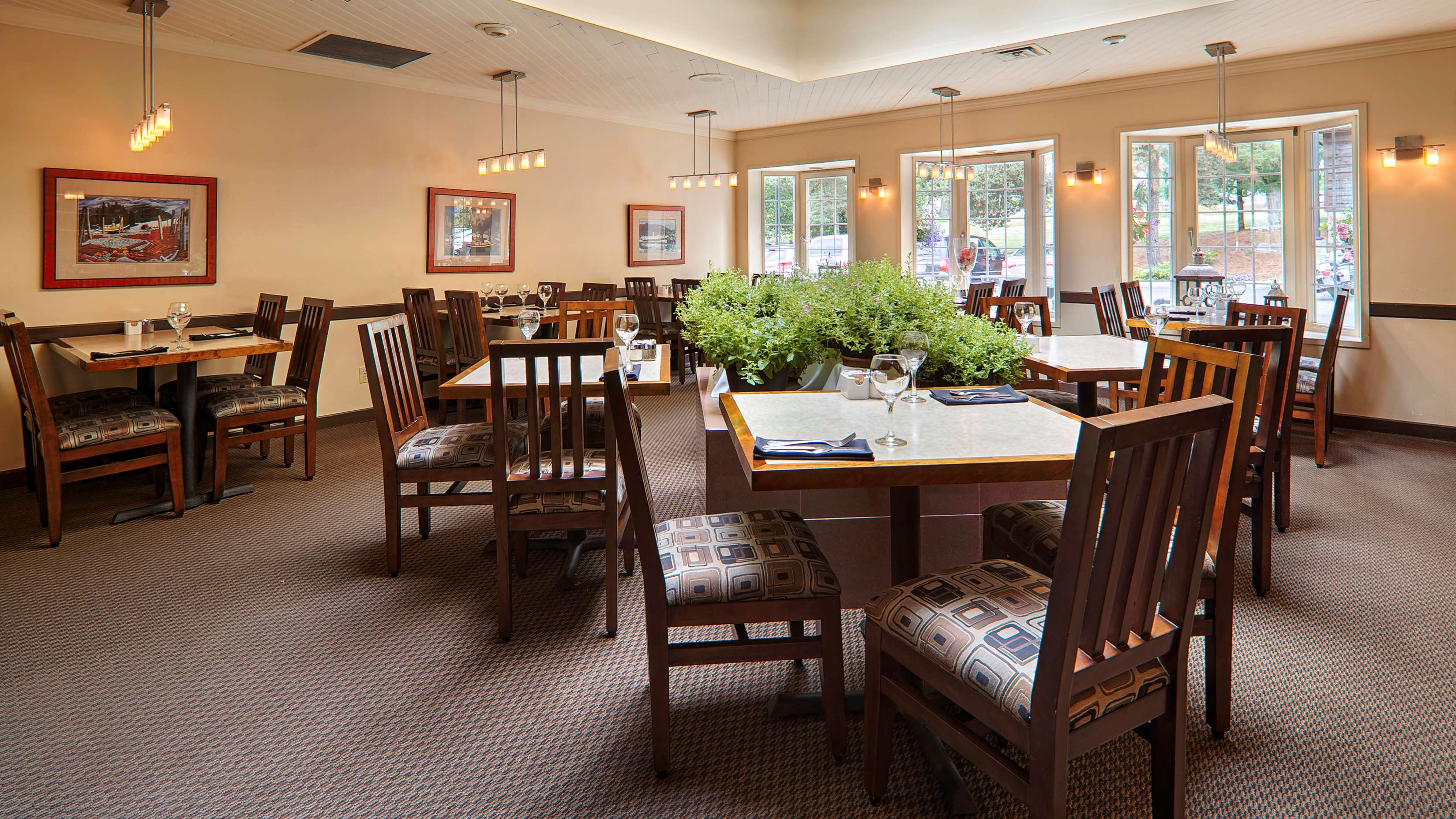 Best Western Cowichan Valley Inn in Duncan: On-site Restaurant