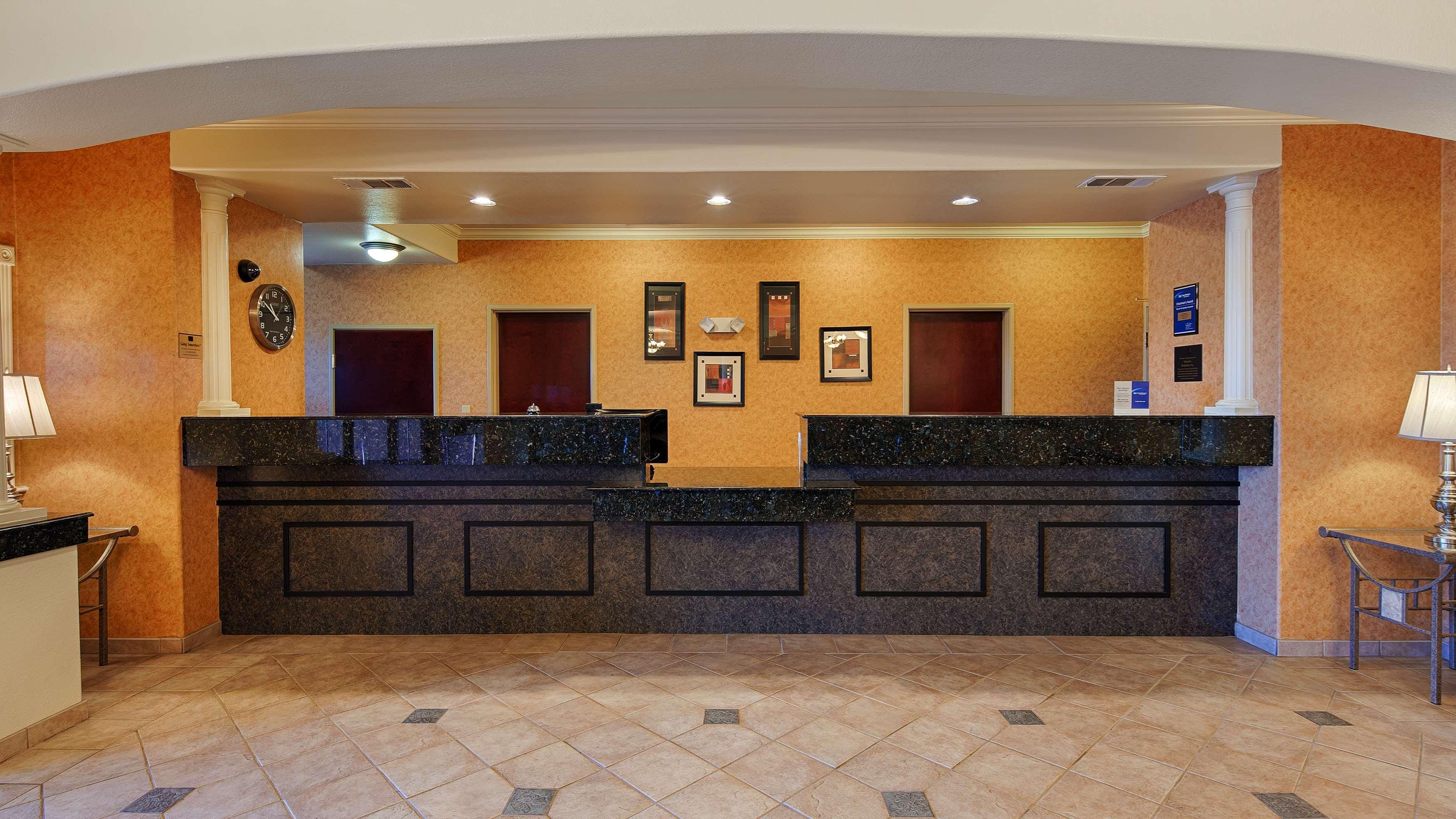 Best Western Henrietta Inn & Suites image 2
