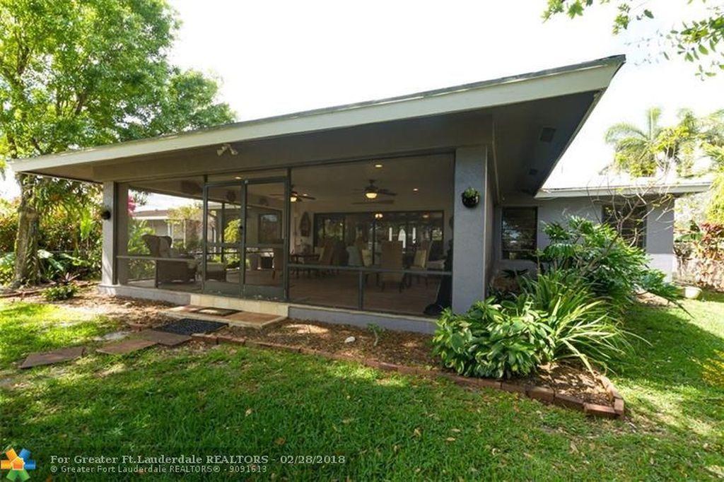 Eyvonne Kafouros | Coldwell Banker Residential Real Estate image 5