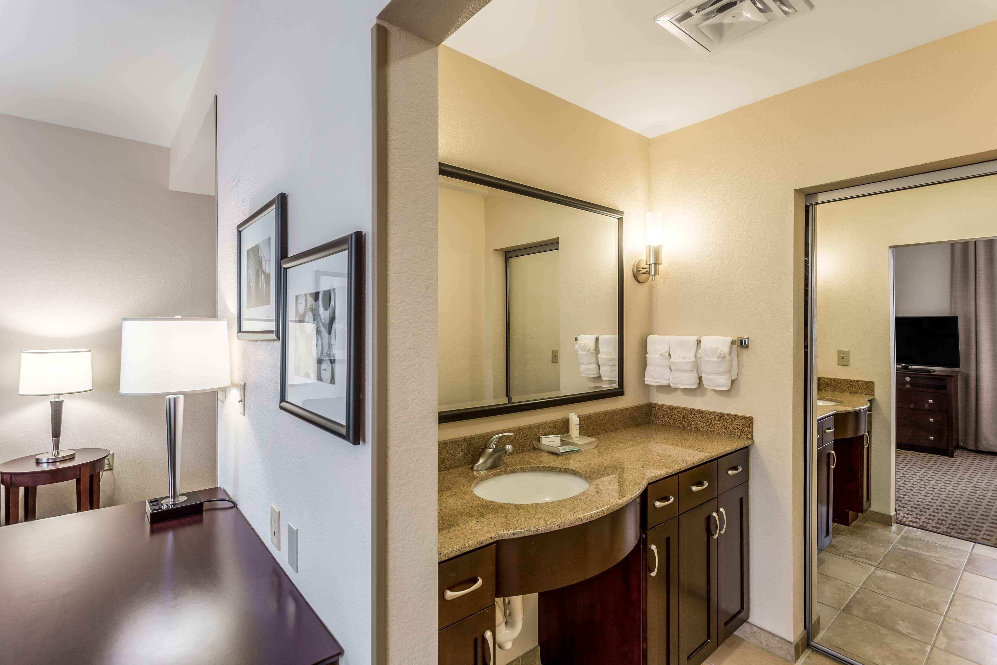 Homewood Suites by Hilton Nashville-Downtown image 15