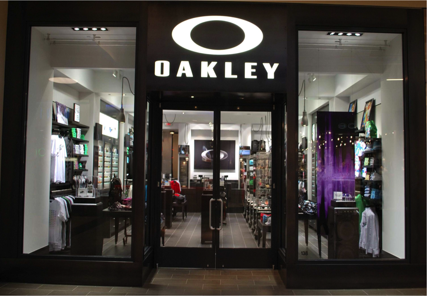 Where Is The Nearest Oakley Store
