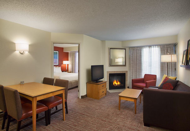 Residence Inn by Marriott Detroit Novi image 8