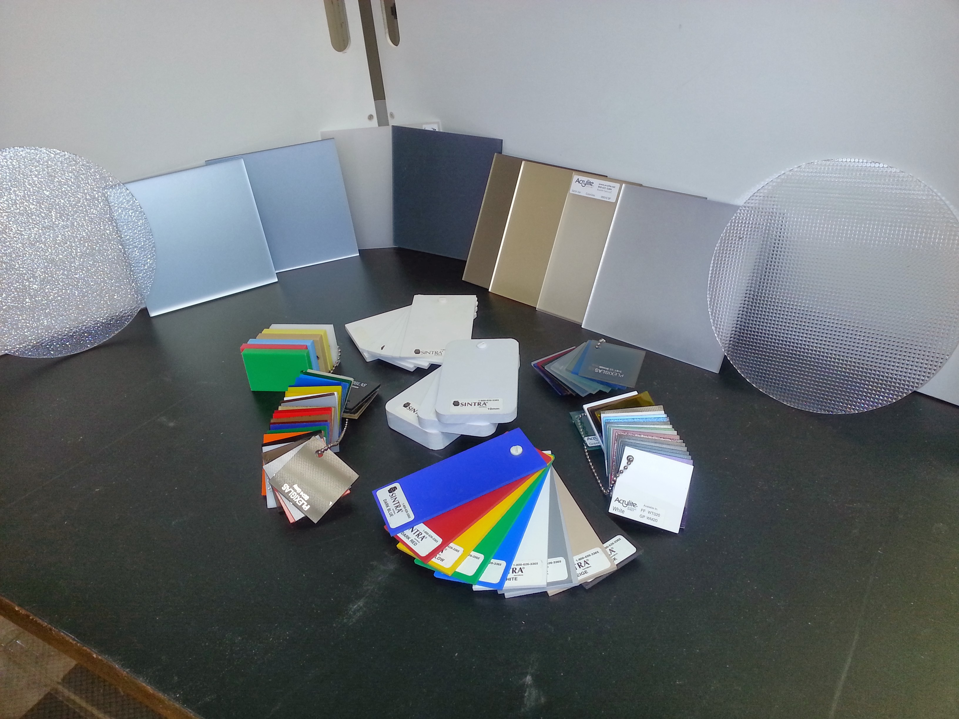 Montiel's Custom Plastics image 0