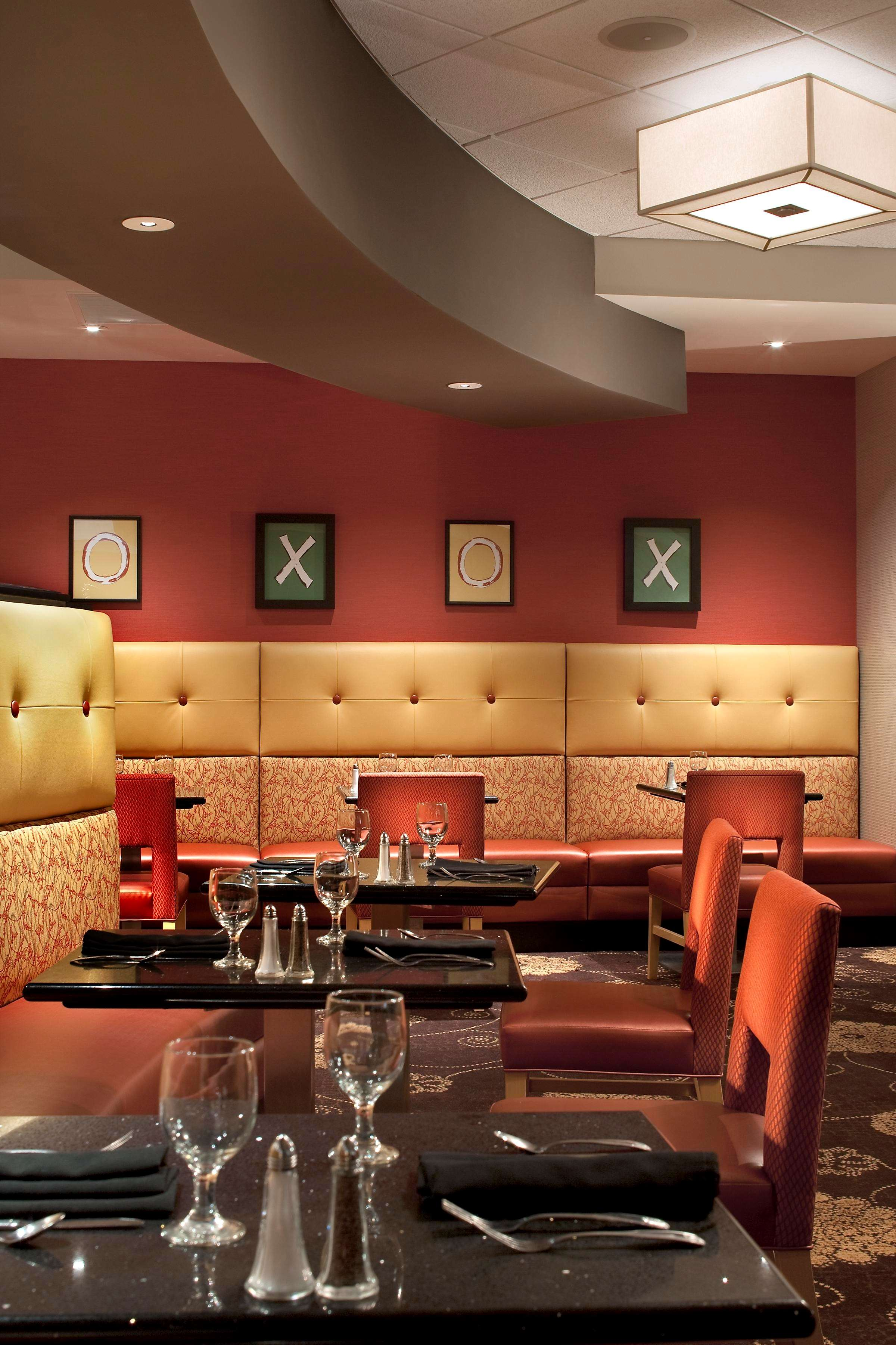 DoubleTree by Hilton Hotel Pittsburgh - Monroeville Convention Center image 5