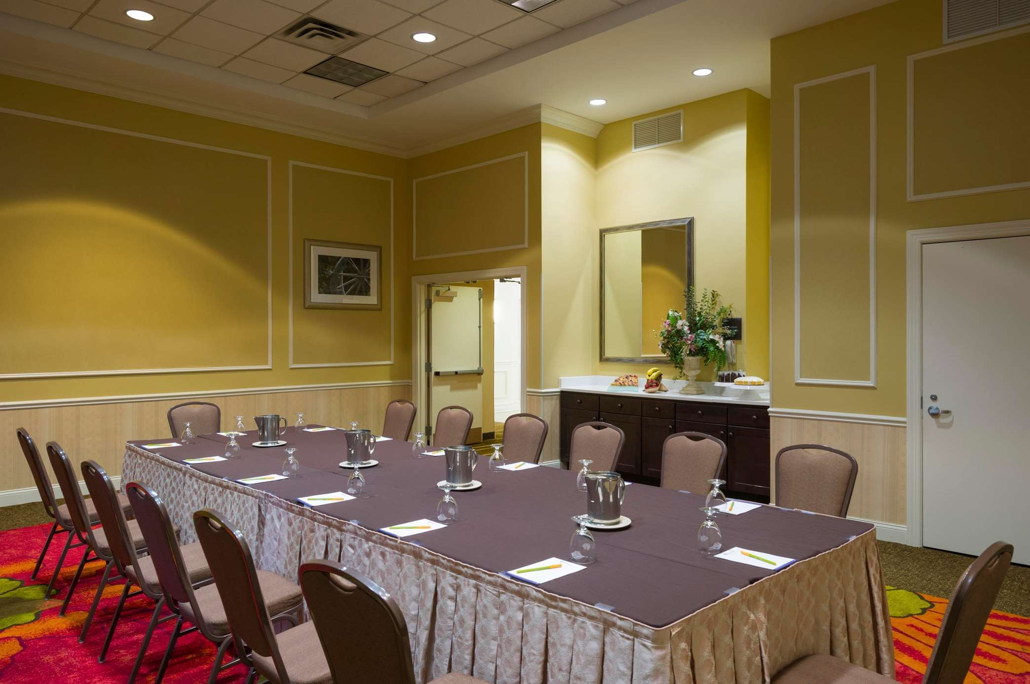 Enchanting Hilton Garden Inn Edison Nj Elaboration - Brown Nature ...