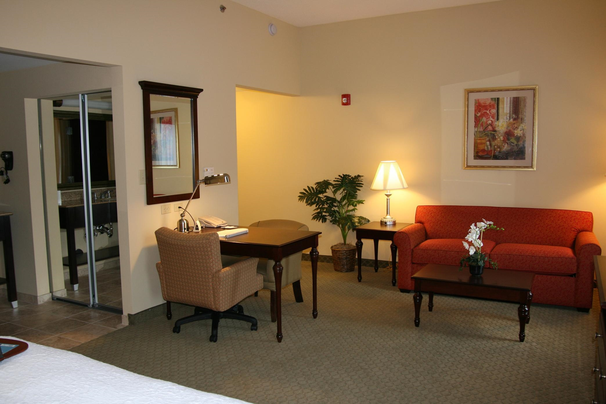 Hampton Inn & Suites Huntsville Hampton Cove image 15