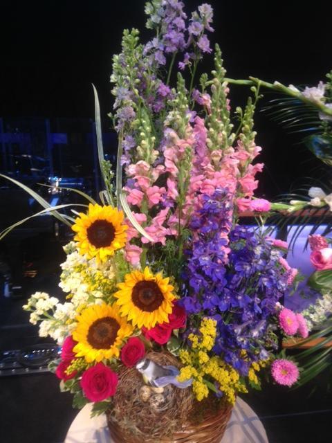 Darlene's Flower & Gift Shop image 4